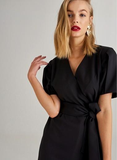 Monamoda Kuşaklı Anvelop Elbise Siyah